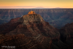 Grand-Canyon-NP_Last-Light-on-Apollo-Temple